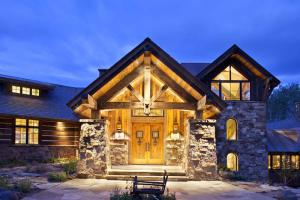 COPPER CREEK HOMES : THE PREMIER CUSTOM HOME BUILDER IN CRESTED BUTTE.